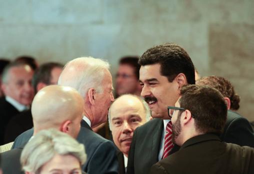 En 2015, Joe Biden y Nicolás Maduro se encontraron en Brasilia, durante la toma de posesión de Dilma Rousseff