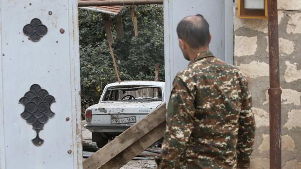 Los armenios karabajíes con su presidente al frente dispuestos a dar la «última batalla» contra Azerbaiyán