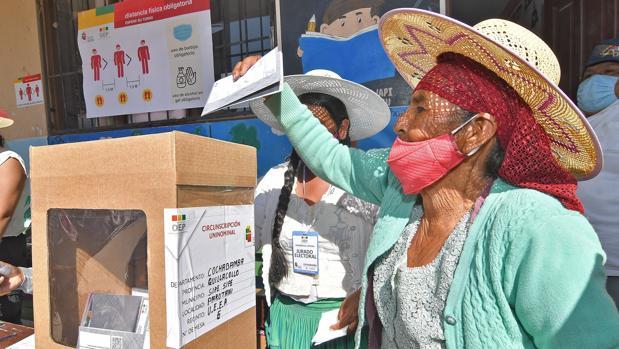 Almagro defiende la labor de la misión de observación electoral en Bolivia