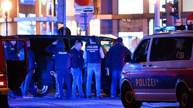 Un atentado terrorista deja varios muertos y heridos en el centro de Viena