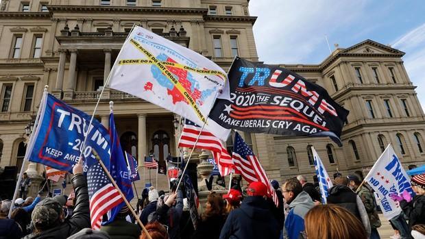 Tensión electoral en Míchigan, donde se evita una victoria de Trump a última hora