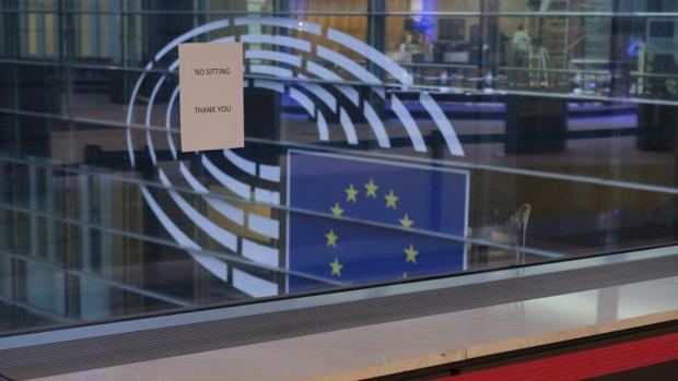 Las vacunas, el derecho a la desconexión y otros cinco temas que marcarán el primer pleno de 2021 del PE