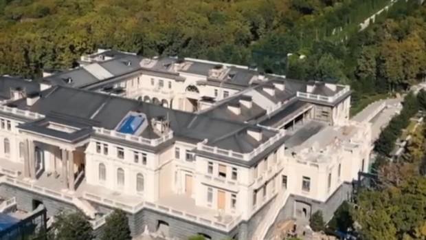 Navalni airea una investigación sobre un inmenso palacio de Putin en el mar Negro