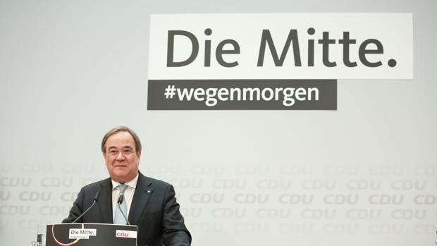 Laschet promete integrar a su rival Merz en las altas estructuras de la CDU