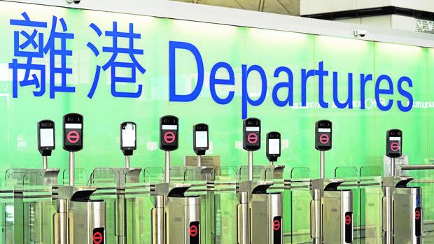 China no reconocerá el pasaporte británico de ultramar de Hong Kong
