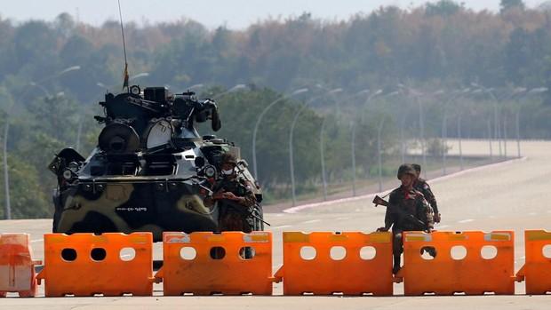 EE.UU. amenaza a Myanmar con sanciones tras el golpe de Estado