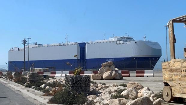 Netanyahu acusa a Irán de la explosión en un carguero israelí en el Golfo
