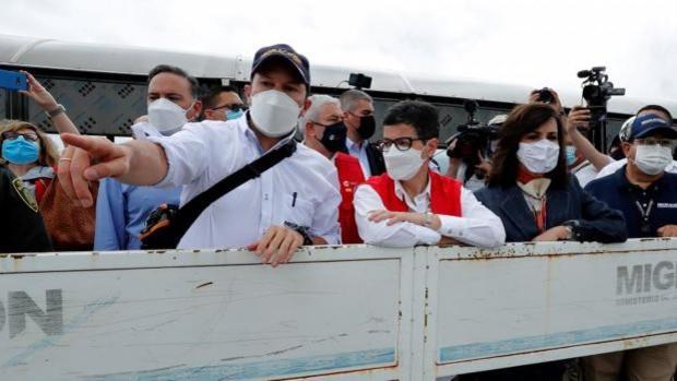 González Laya exige a Maduro que tenga «respeto» a España