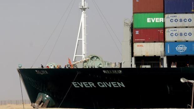 Egipto mantiene retenido el Ever Given por la falta de acuerdo para compensar al Canal de Suez