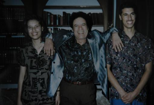 Aisha, Muamar y Saadi Gadafi