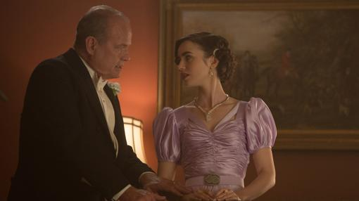 Kelsey Grammer y Lily Collins, como padre e hija