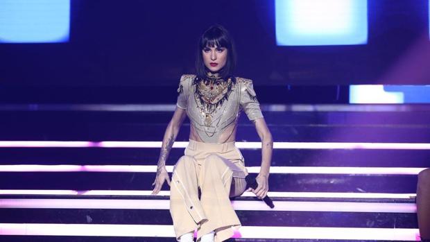 Natalia durante su actuación en la Gala OT Eurovisión 2019