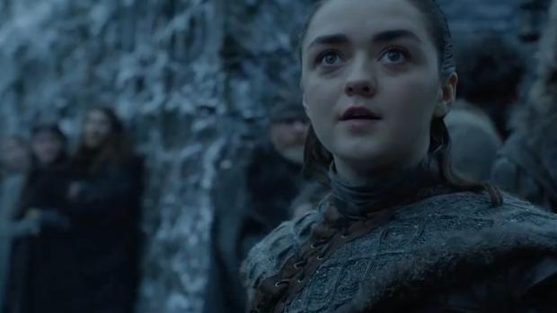 La reacción de Arya al ver a uno de los dragones