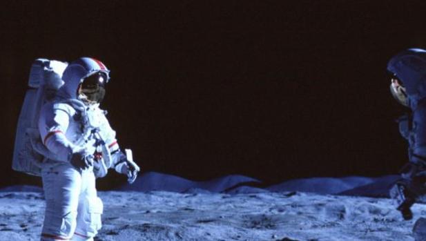 «De la Tierra a la Luna» se reestrena en HBO