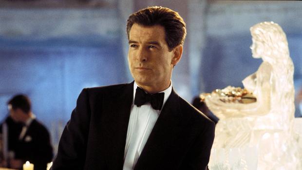 Pierce Brosnan ha lucido el traje de James Bond en cuatro ocasiones