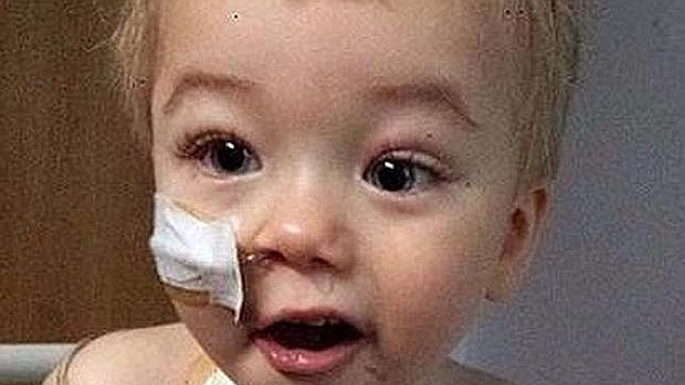 Kiam, niño con neuroblastoma