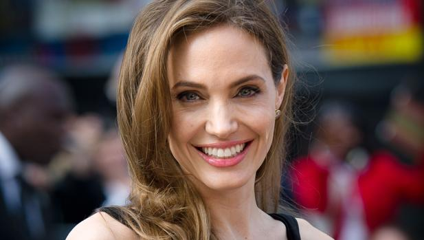 A la actriz Angelina Jolie se le extrajeron las trompas de Falopio y los ovarios cuando descubrió que tenía BRCA1