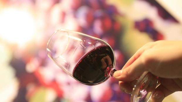 La combinación del alcohol y el estrés lo que pone en marcha el ataque de migraña