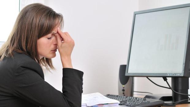 Es necesario realizar descansos de la vista al menos cada hora