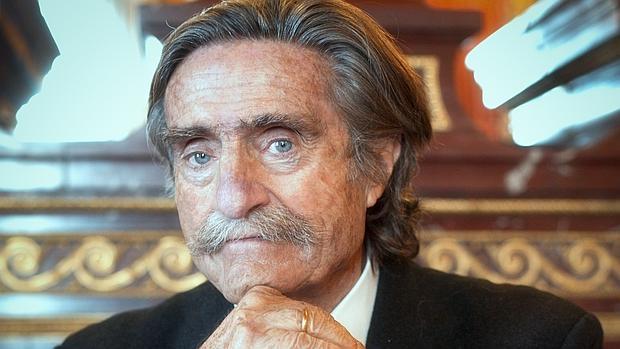 Miguel de la Quadra-Salcedo fue, para muchos, un amigo irrepetible y sobre todo un aventurero nato
