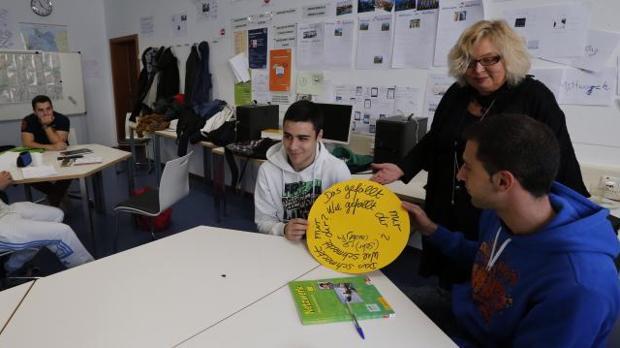 Un grupo de alumnos aprenden alemán en el Instituto Goethe