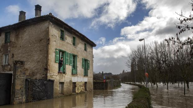 El río Arga, a su paso por Pamplona, ya se desbordó el pasado mes de enero