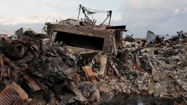 Casas afectadas por el terremoto en el barrio de Balaroa, Palu