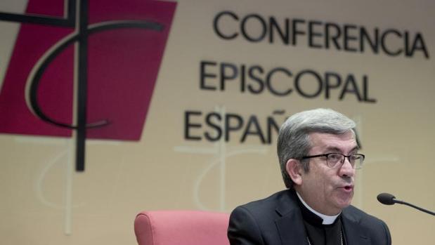 El secretario general de Conferencia Episcopal Española, monseñor Luis Argüello