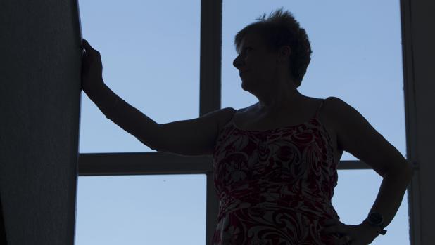 Una mujer maltratada recibe ayuda en la Fundación Integra