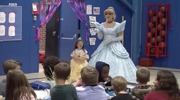 La princesa Disney en el acto de bienvenida a Morey Belanger