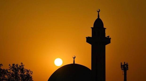 Atardecer en una mezquita de Kuwait