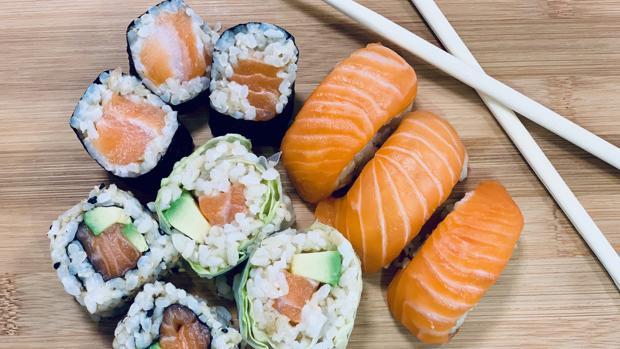 Sushi elaborado con arroz integral