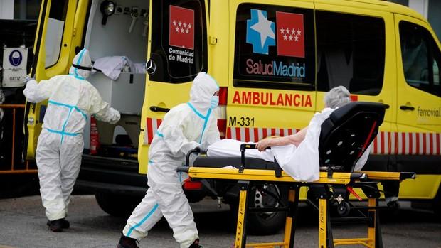 Los contagios vuelven a rondar los 3.000 nuevos en 24 horas, con Madrid y Aragón a la cabeza