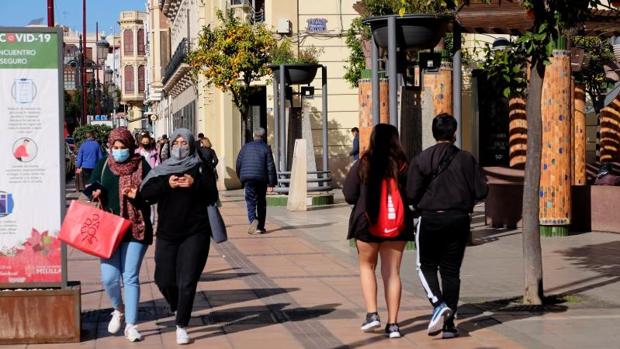 Investigan si la muerte de dos padres y su hijo en una semana se debe a un foco de un bautizo en Melilla