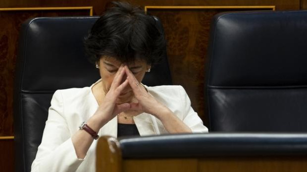 La ministra de Educación, Isabel Celáa, en el Congreso de los Diputados