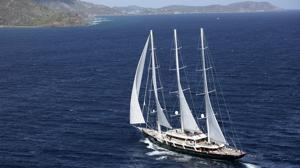 Velero Sailing Yacht A