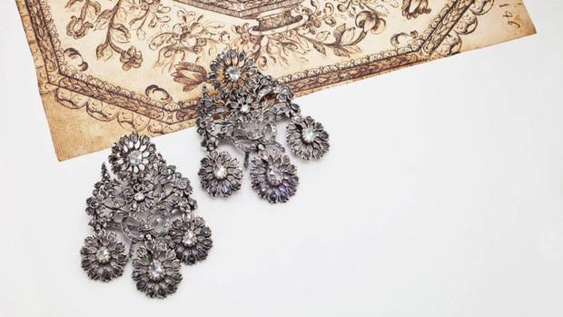 Pendientes Girandole en plata y diamantes. Portugal (S. XVIII)
