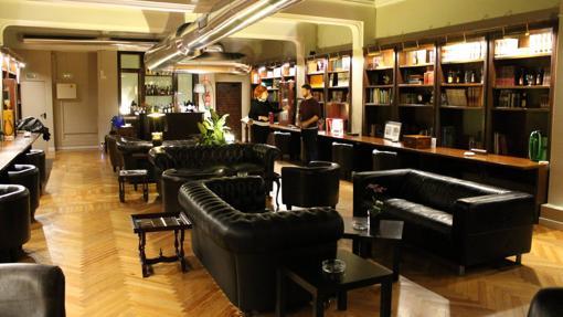 Biblioteca del club