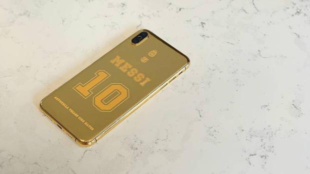 El futbolista argentino estrena teléfono