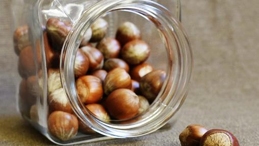 La avellana destaca por su alto contenido de aceite y por el manganeso