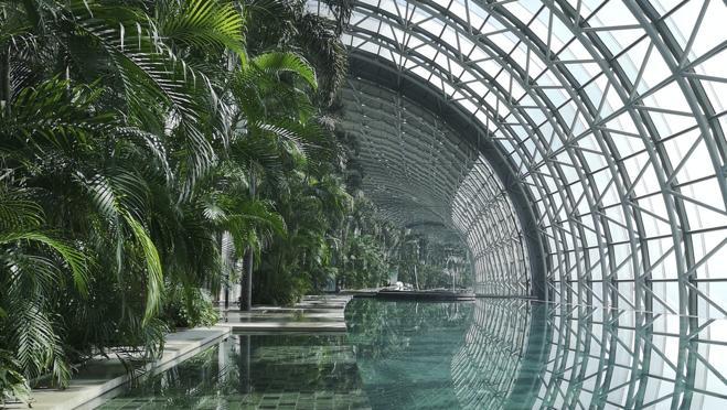 En su interior destacan sus jardines, además de sus múltiples espacios dedicados al ocio