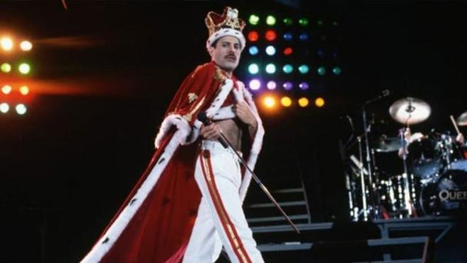 One of his unforgettable outfits, during his 'Magical Tour' tour