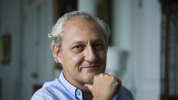 El catedrático Martín Molina González, en Santander