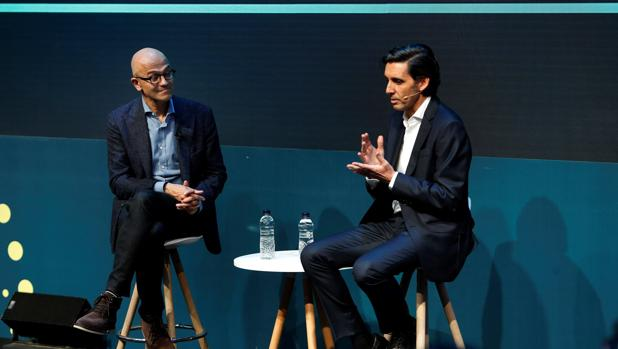 El presidente de Telefónica, José María Álvarez Pallete, y el CEO de Microsoft, Satya Nadella