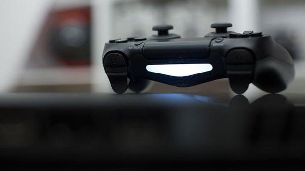 Así puedes jugar a tu PlayStation 4 y a tu Xbox One desde un PC, una tablet o un «smartphone»