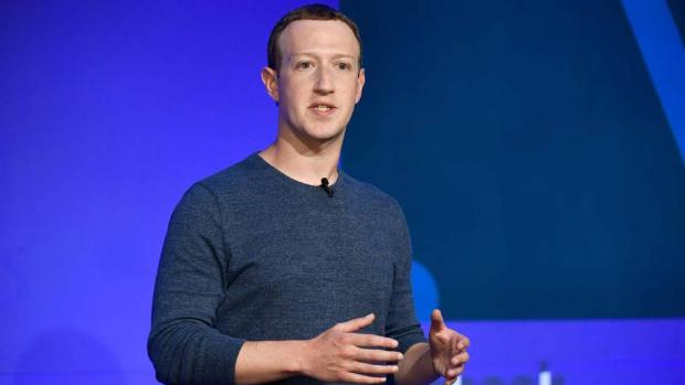 El uso de WhatsApp y Facebook se dispara un 50% en países como España y se duplican las videollamadas