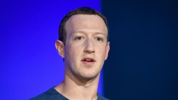 Facebook comienza a etiquetar publicaciones de Trump y Biden, aunque no les verifica