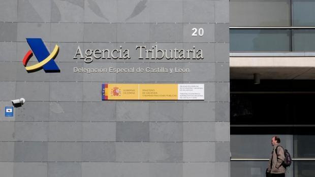 La Agencia Tributaria no te está reclamando un pago por la Renta 2019: es una estafa