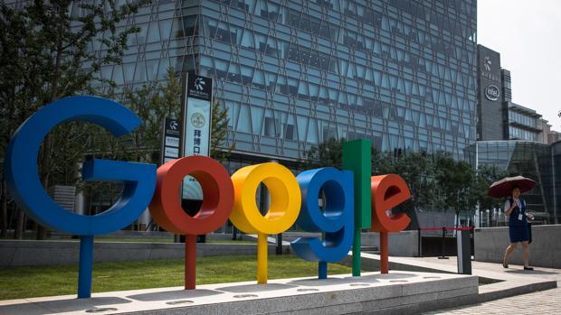 Francia multa a Google con 100 millones de euros y a Amazon con 35 millones por el uso de las «cookies»