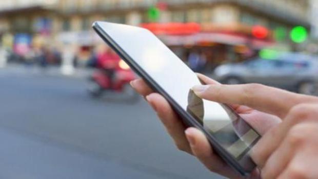 De las centralitas al 5G: así ha evolucionado la telefonía con el paso de las décadas